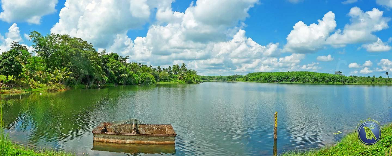 Lac près de Khao Saming sur le continent près de Trat en Thaïlande