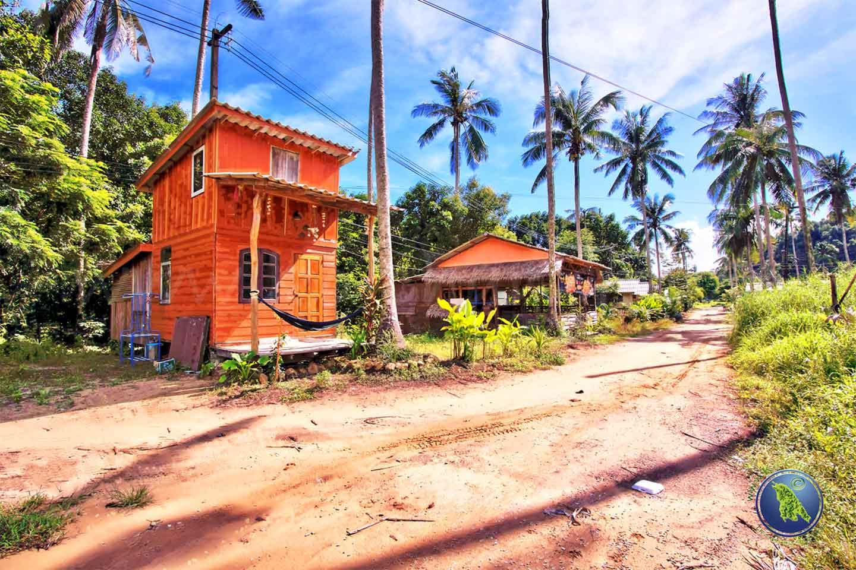 Dorf beim Klong Kloi Beach auf Koh Chang