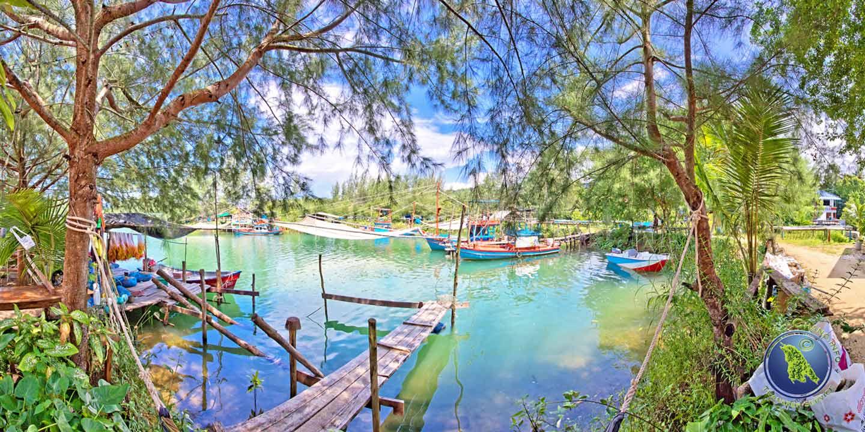 Hafen der Klong Son Bucht auf Koh Chang