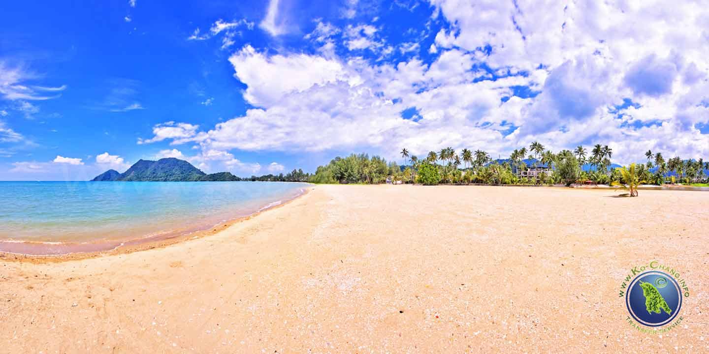 Marina Beach in der Klong Son Bucht auf Koh Chang