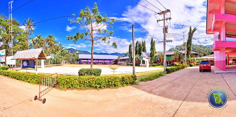 Schule der Klong Son Bucht auf Koh Chang