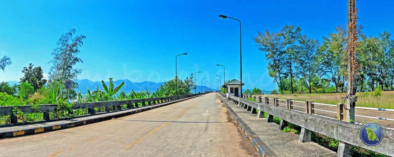 Laem Ngop Pier = Khrom Luang Pier in Laem Ngop für die Überfahrt nach Koh Mak
