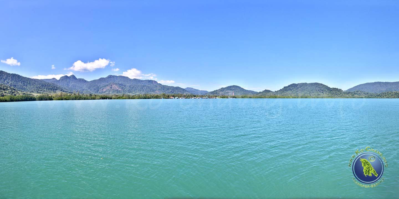 Aussichtspunkt auf dem Pier der Salak Phet Bucht auf Koh Chang in Thailand