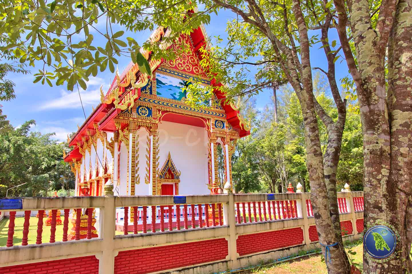 Buddhistischer Tempel in Klong Son auf Koh Chang in Thailand