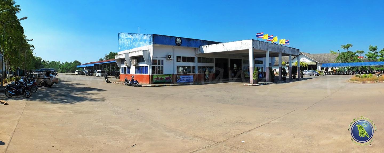 Gare routière sur le continent à Trat en Thaïlande