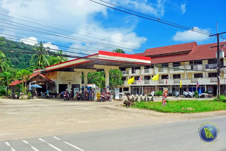 Stations service sur Koh Chang en Thaïlande