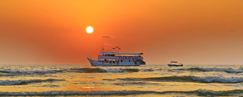 Ausflugsboot Thaifun vor Koh Chang