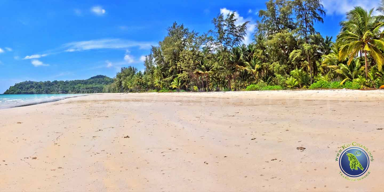 Klong Chao Beach auf Koh Kood in Thailand