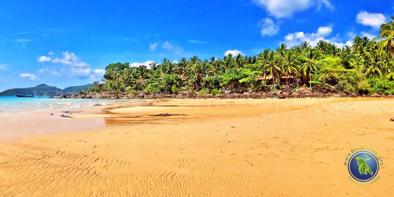 Sai Daeng Beach auf Koh Kood in Thailand