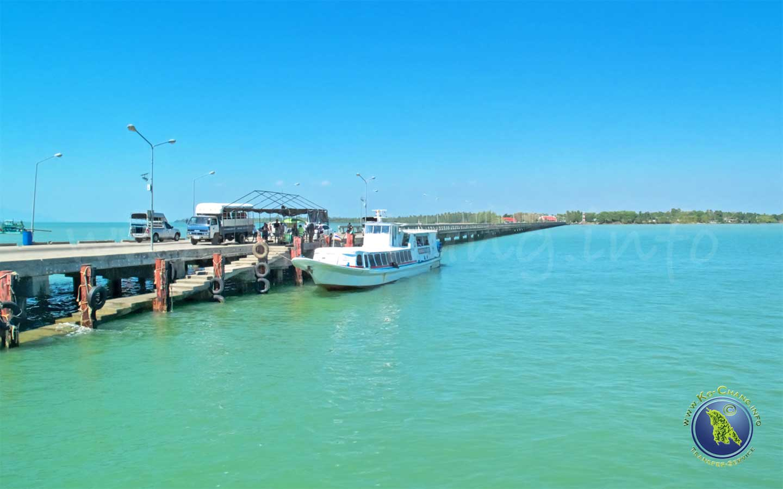Laem Sok Pier am Festland in Trat für Koh Kood