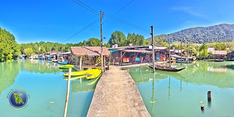 Fischerdorf der Salak Khok Bucht auf Koh Chang in Thailand