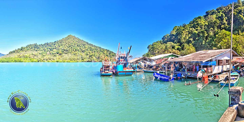 Salak Khok Bucht auf Koh Chang in Thailand