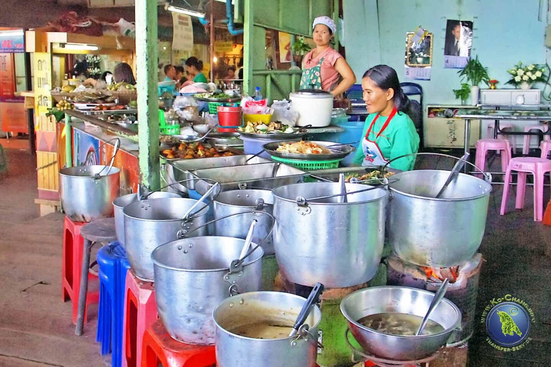 Thailändisches Straßenrestaurant
